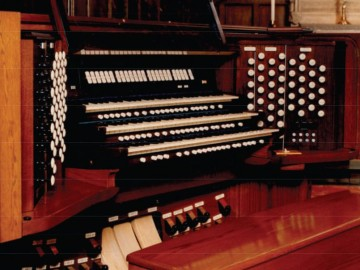 Pipes Alive! – Floyd Higgins, organist